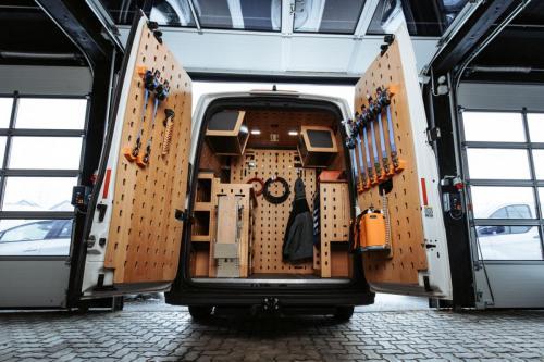 cargoclips-castino-servicevan-01 medium